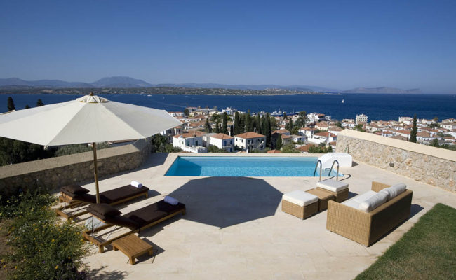 www.spezzie.com Villas for Sale and Rent in Spetses, Greece